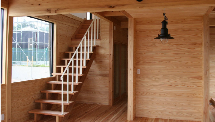 庄・設計による家屋