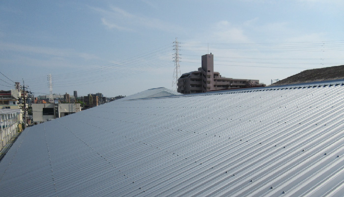 遮熱工事を施工した屋根